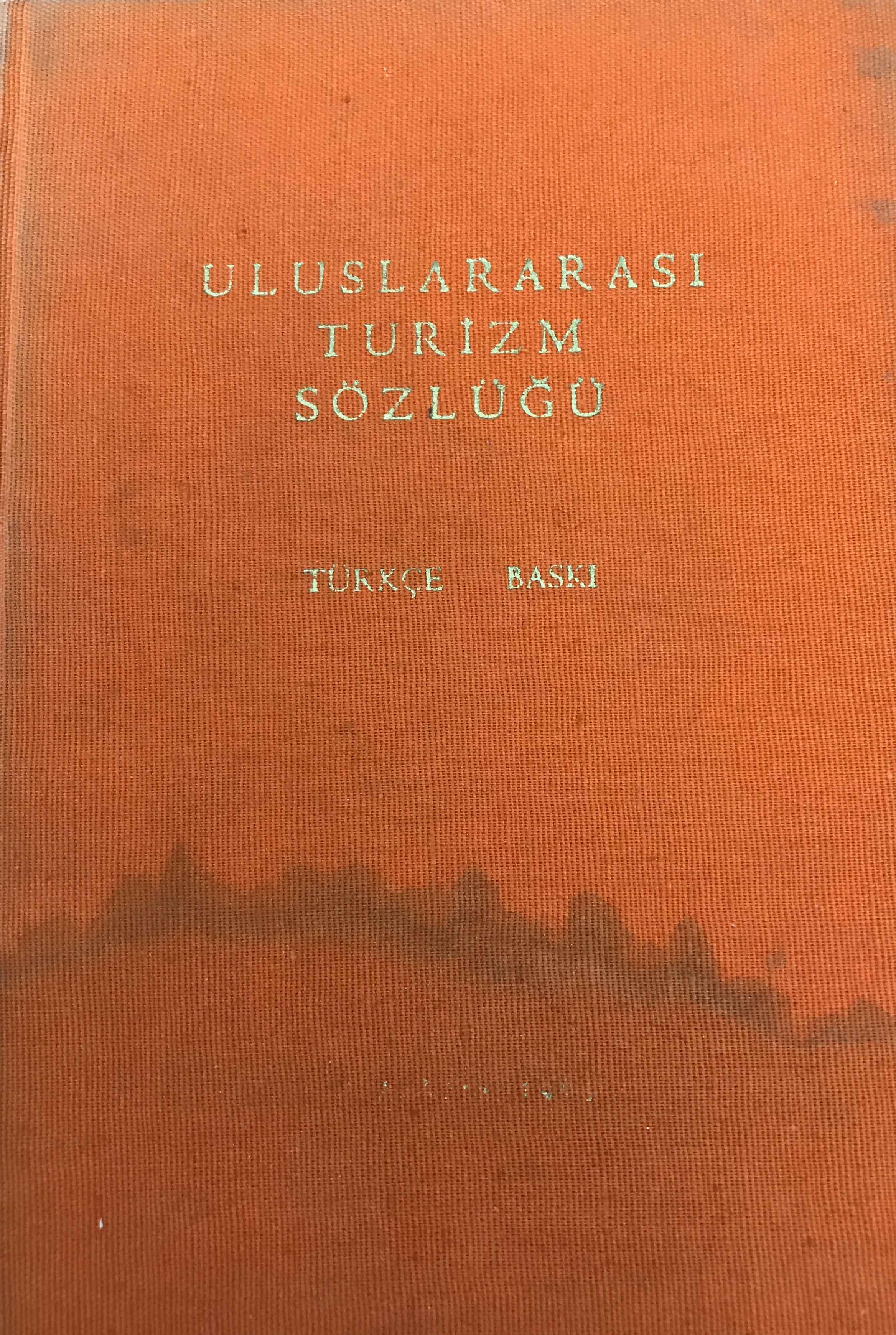 Uluslararası Turizm Sözlüğü Kitap Kapağı