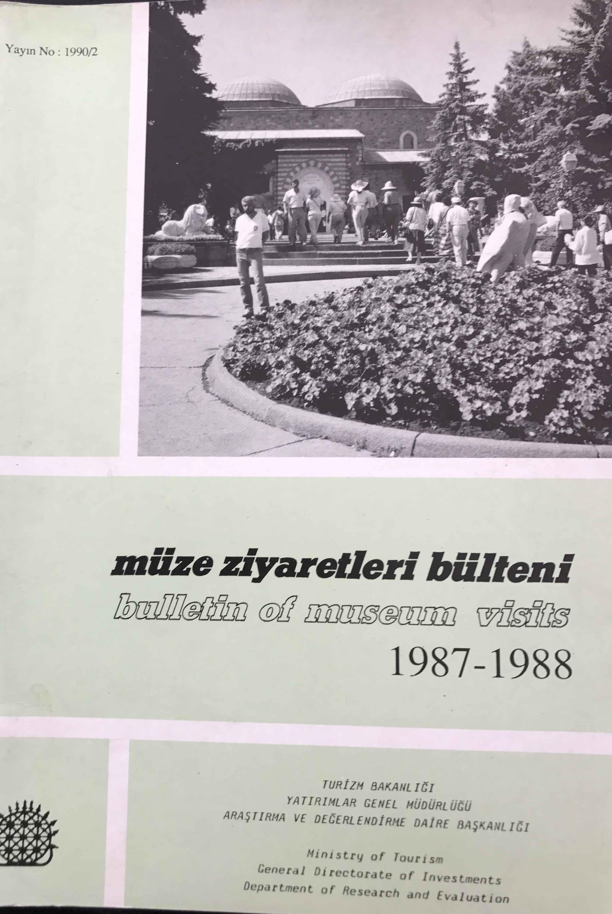 Müze Ziyaretleri Bülteni 1987-1988 Kitap Kapağı